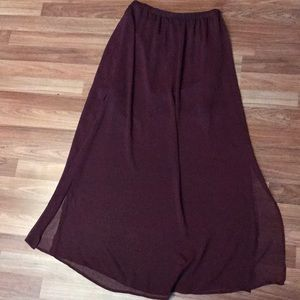 Garage Skirts - Burgundy skirt with side slits